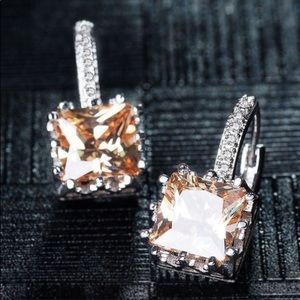 18k Gold Champagne Cubic Zirconia Cubes